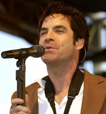 Pat Monahan of Train performs at local radio station KFOG's Kaboom concert on Pier 32 in San Francisco, May 22, 2004.