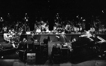Phish performs at the Thomas and Mack Center in Las Vegas, October 31, 1998.